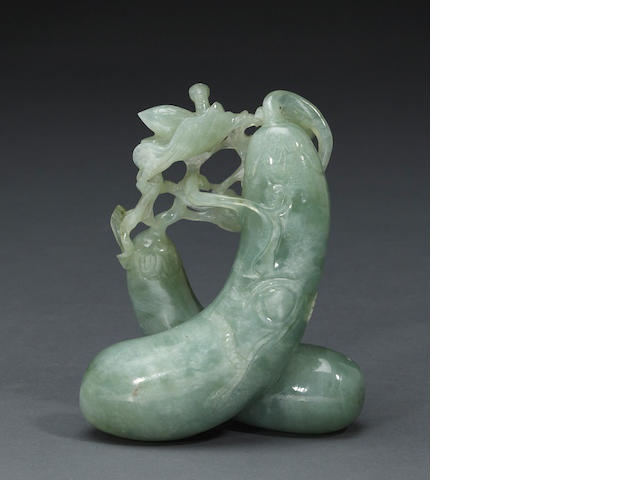 A green jadeite carving of a eggplant group