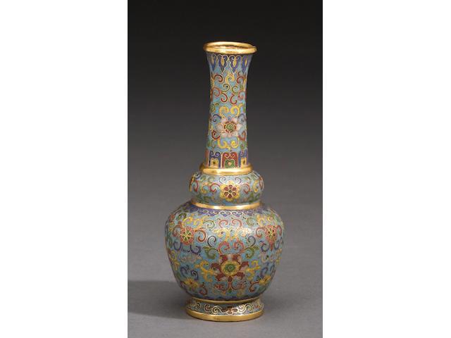 A miniature cloisonné enamel metal vase Qianlong mark, 18th/19th century