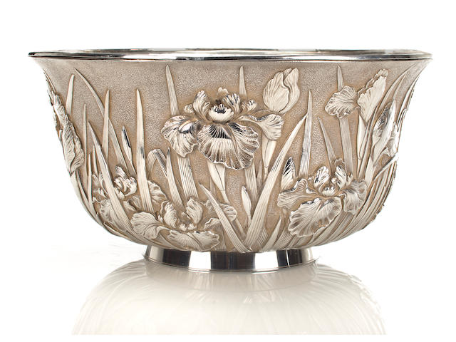 A Toshi-nago Silvered Floral Bowl