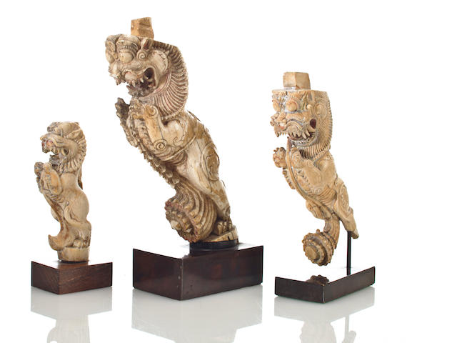 Lion throne element Craved ivory Sth. India 17th/18th century