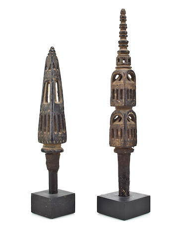 """Two spindles Wood Nth India 18th century"""