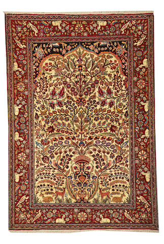 An Isphahan rug Central Persia, size approximately 4ft. 3in. x 6f. 8in.