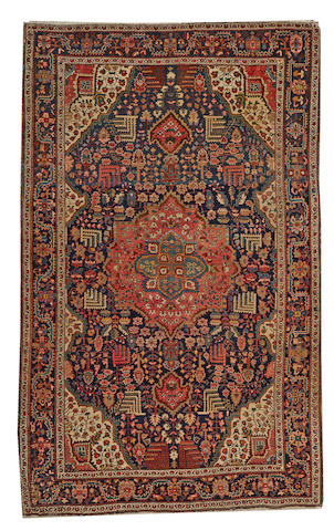 A Fereghan Sarouk rug Central Persia size approximately 4ft. 2in. x 6ft. 9in.