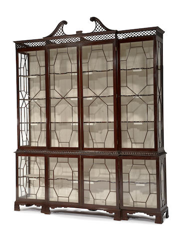 A George III style mahogany bookcase cabinet<BR />20th century