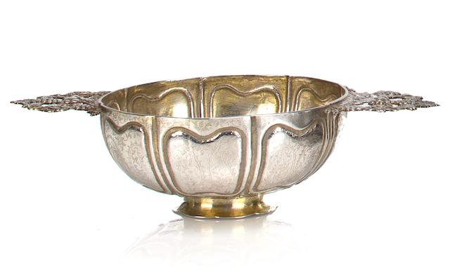 An embossed silver offering cup Sri Lanka, 19th century