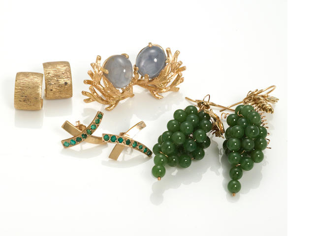 a collection of 4 pairs of star sapphire, emerald, jade, 18k gold, and 14k gold earrings