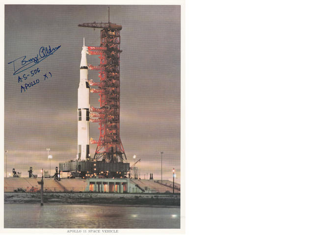 APOLLO 11 AT THE LAUNCH PAD – APOLLO SATURN 506