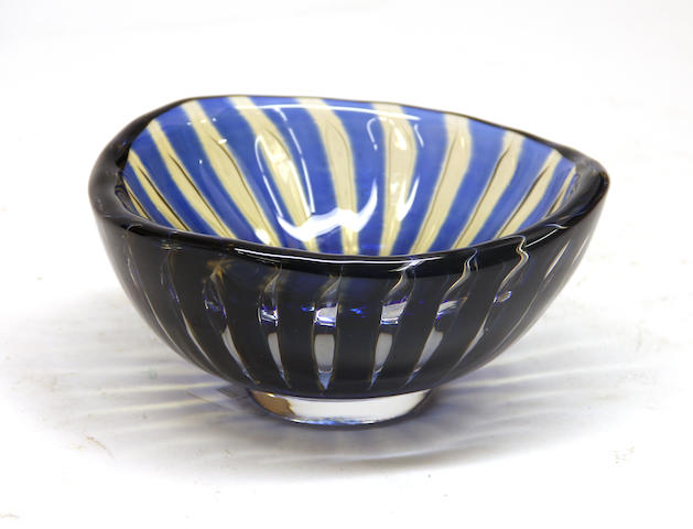 An Orrefors Ariel glass bowl number 1711E<BR />designed by Edvin Öhrström (1906– 1994)<BR />mid 20th century