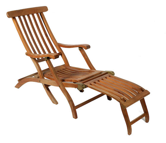 Deck chair used in the 1997 film 'Titanic'