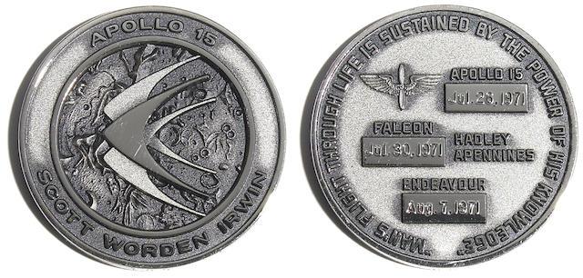 Apollo 15 unflown Robbins medallion
