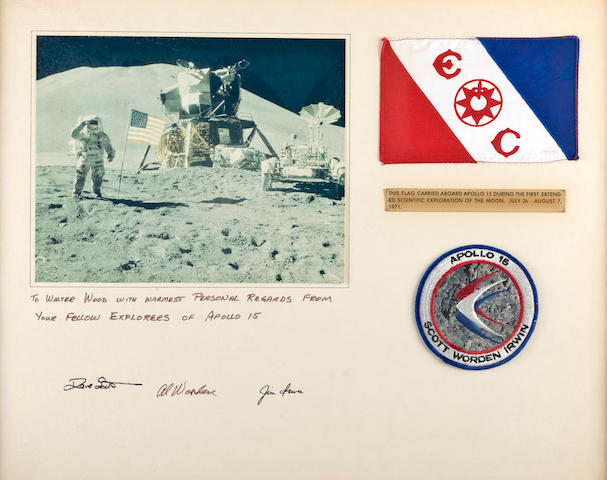 FLAG OF EXPLORERS CLUB, FLOWN ON APOLLO 15. Flown flag, silk, 6 x 4 inches.