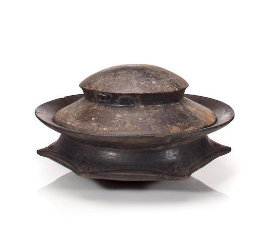 Akan pot with lid, Ghana