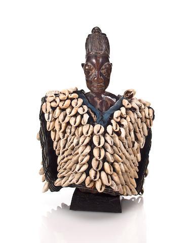 Yoruba Female Twin Figure, Nigeria