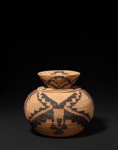 A Mono Lake Paiute lidded basket