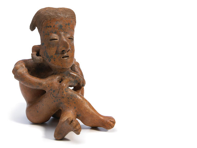 Seated Nayarit figure