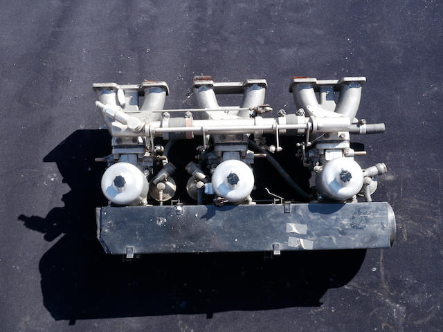 A complete intake setup for a DB5,