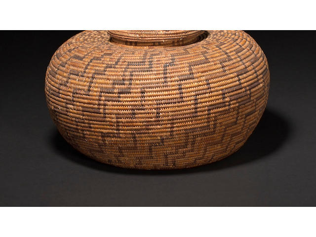A Chumash lidded bottleneck basket