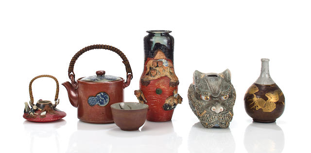 Six Japanese ceramic various objects