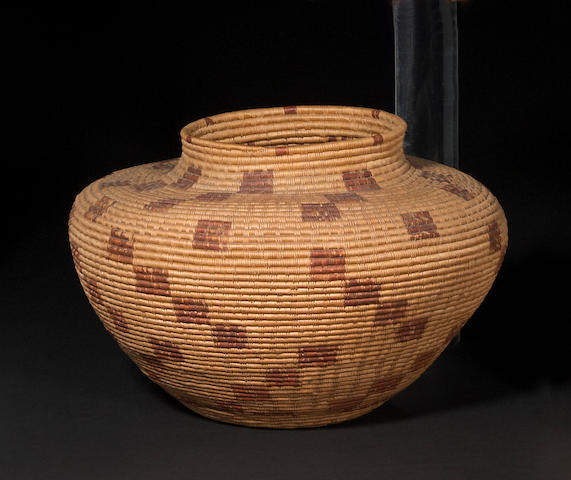 A Kawaiisu or Tubatulabul bottleneck basket