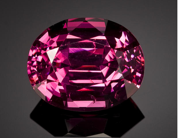 Intense Rose Spinel