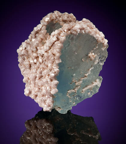 Blue Topaz with Lepidolite