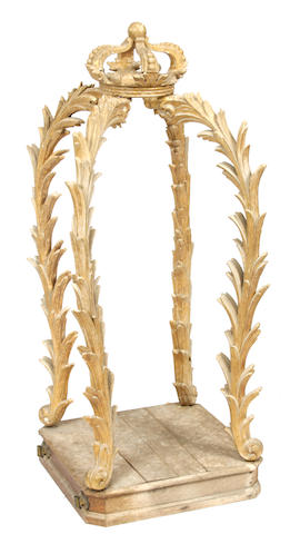 An Italian giltwood reliquary corona