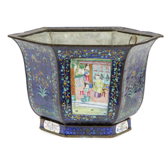 A Chinese enameled jardinière