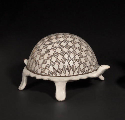 An Acoma turtle-form pottery vessel