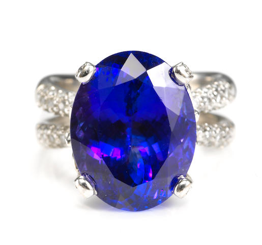 A tanzanite and diamond foliate motif ring, Parade Design