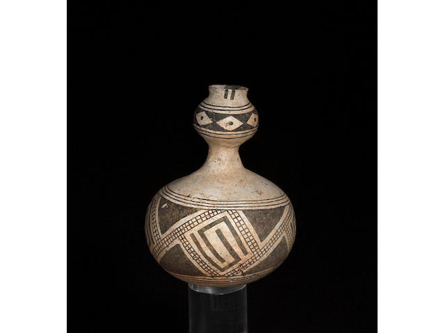 An unusual Anasazi black-on-white jar