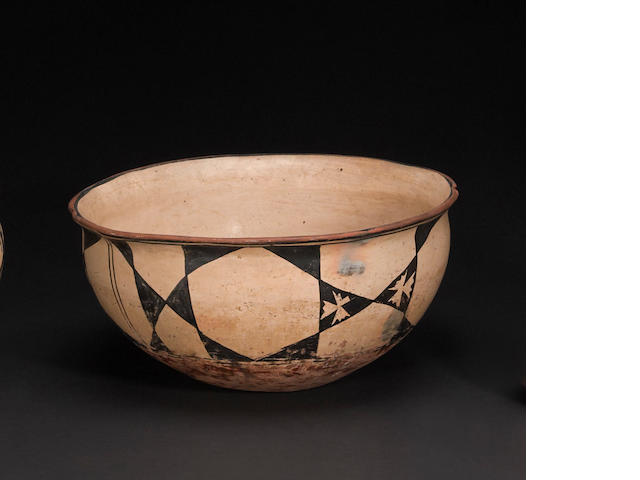 A Santo Domingo (Cochiti?) dough bowl