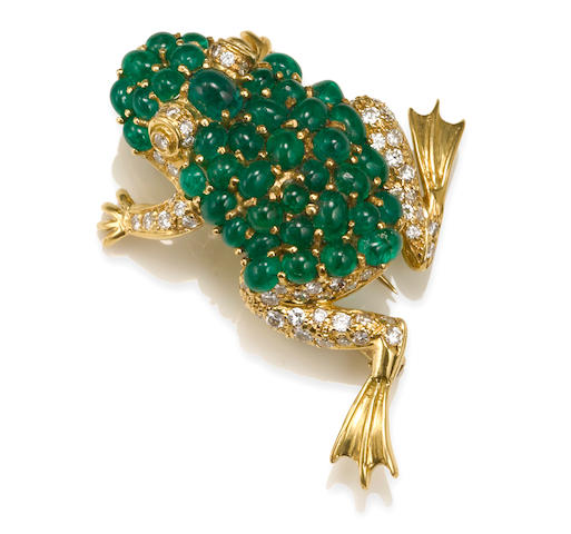 An emerald and diamond frog brooch