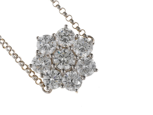 A diamond flower pendant/necklace