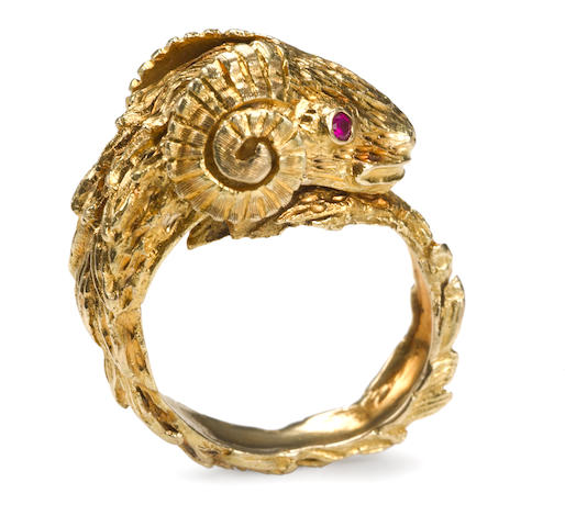 An eighteen karat gold ram's head ring, Lalaounis
