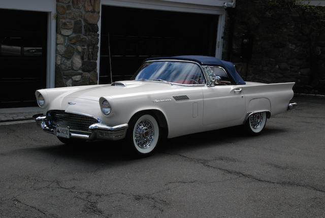 1957 Ford Thunderbird Roadster with Hardtop  Chassis no. D7FH154842