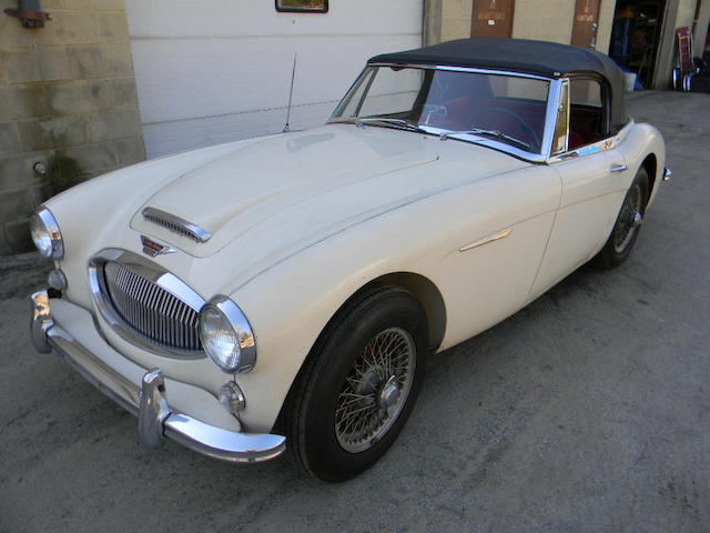 1965 Austin Healey 3000 MK3 Convertible  Chassis no. HBJ8227395 Engine no. 29KRUH1990