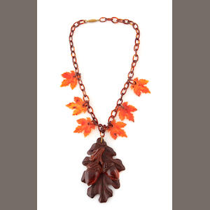 A rootbeer Bakelite and wood oak fringe necklace