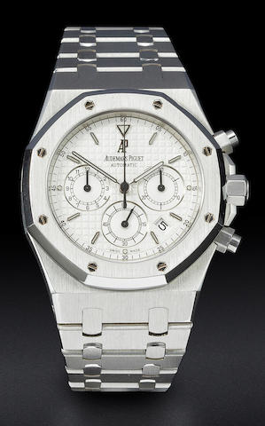 Audemars Piguet. A fine stainless steel automatic chronograph wristwatch and braceletRoyal Oak no. 4113, Case no. E 73580, Movement no. 521284, sold 2002