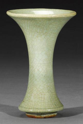 A crackle glazed porcelain vase  Ming dynasty