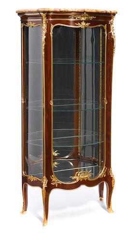 A good quality Louis XV style gilt bronze mounted mahogany vitrine  attributed to François Linke late 19th century