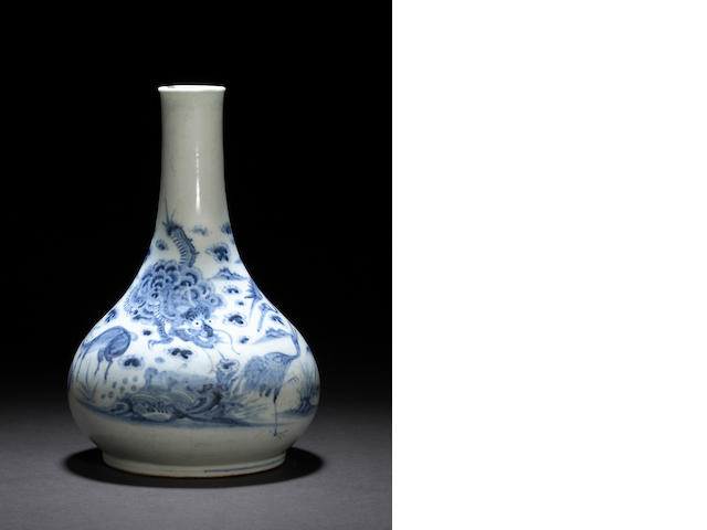 A blue and white porcelain wine bottle Late Joseon dynasty, 19th century