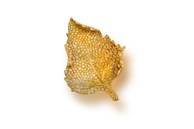 A colored diamond brooch/pendant