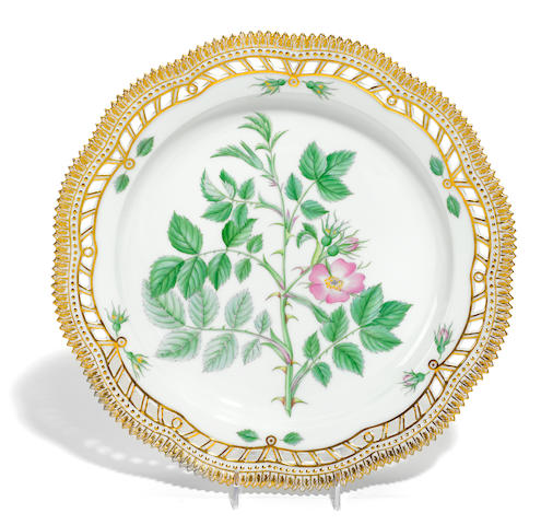 A Royal Copenhagen porcelain Flora Danica reticulated circular platter  date code for 1960
