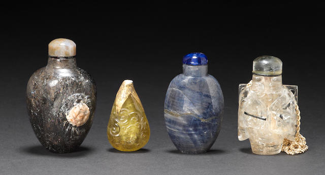 Four snuff bottles 1880-1940