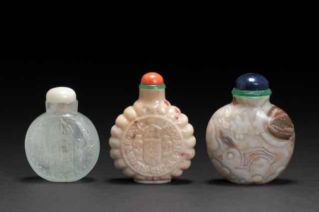 Three hardstone snuff bottles 1900-1960