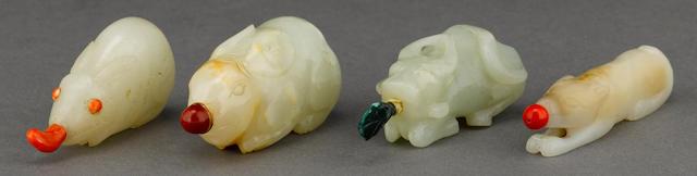 Four jade figural snuff bottles 1800-1900