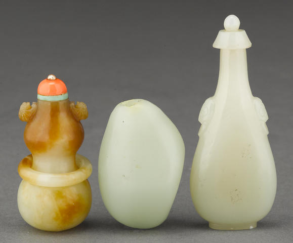 Three jade snuff bottles 1850-1940