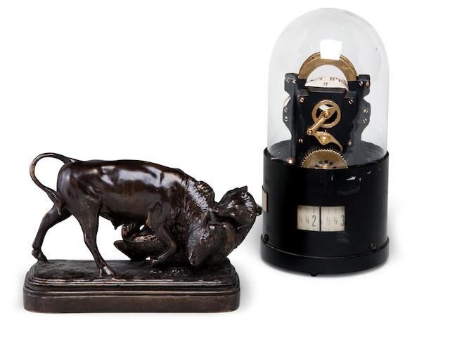 Mini Stock Ticker Model & Bulls/Bear Figurine (2)
