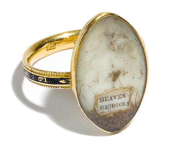 A George III lady's gold mourning ring <BR />late 19th century