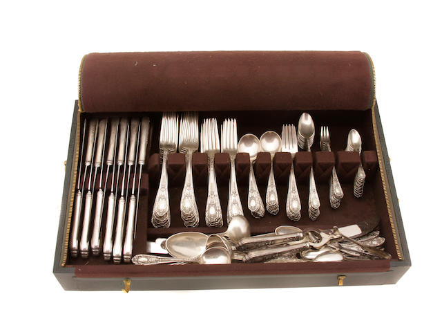 An American sterling silver extensive flatware service International Silver Co., Meriden, CT, second quarter 20th century